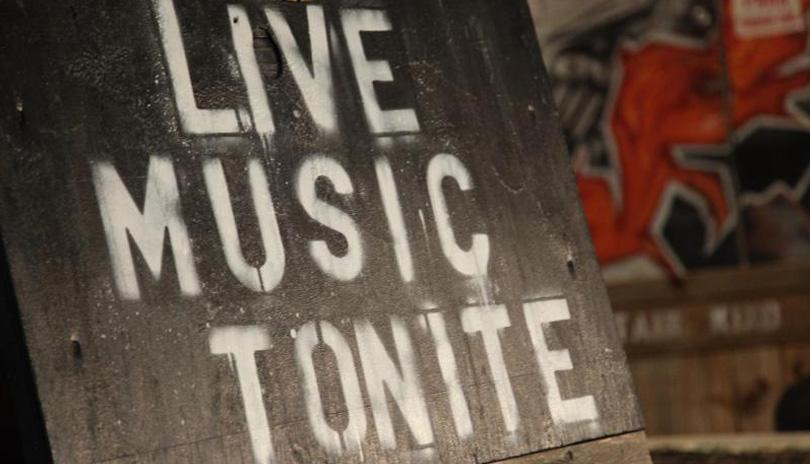 Live Music at the London Wine Bar