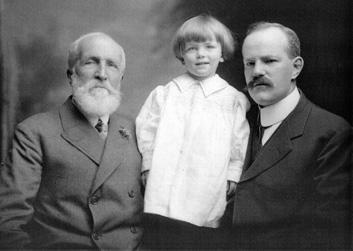 Constructing Family History: A Genealogy Workshop