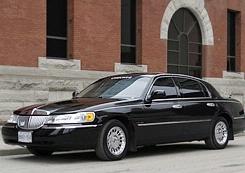 Checker Limousine/Voyageur Transportation
