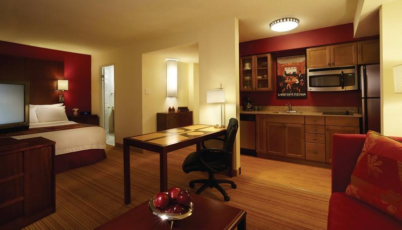 Staycation Package with Residence Inn by Marriott London Downtown